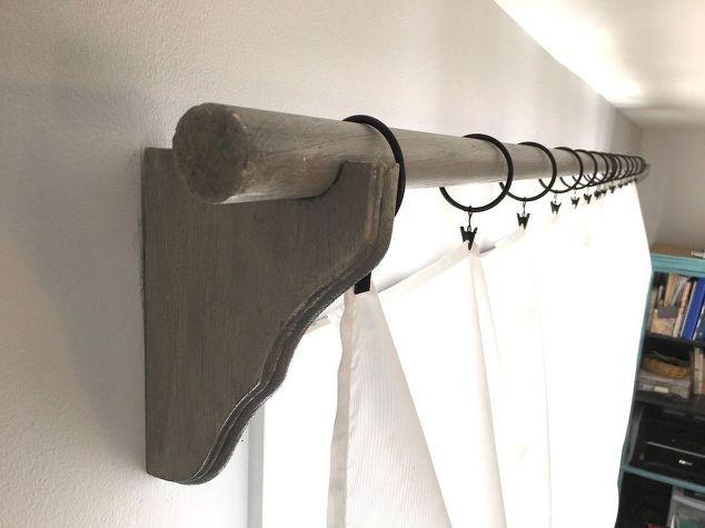 Corbel curtain rod bracket