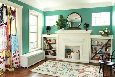 How To Customize Bookshelves With Diagonal Shelf Inserts: Tutorial | Apartment T...