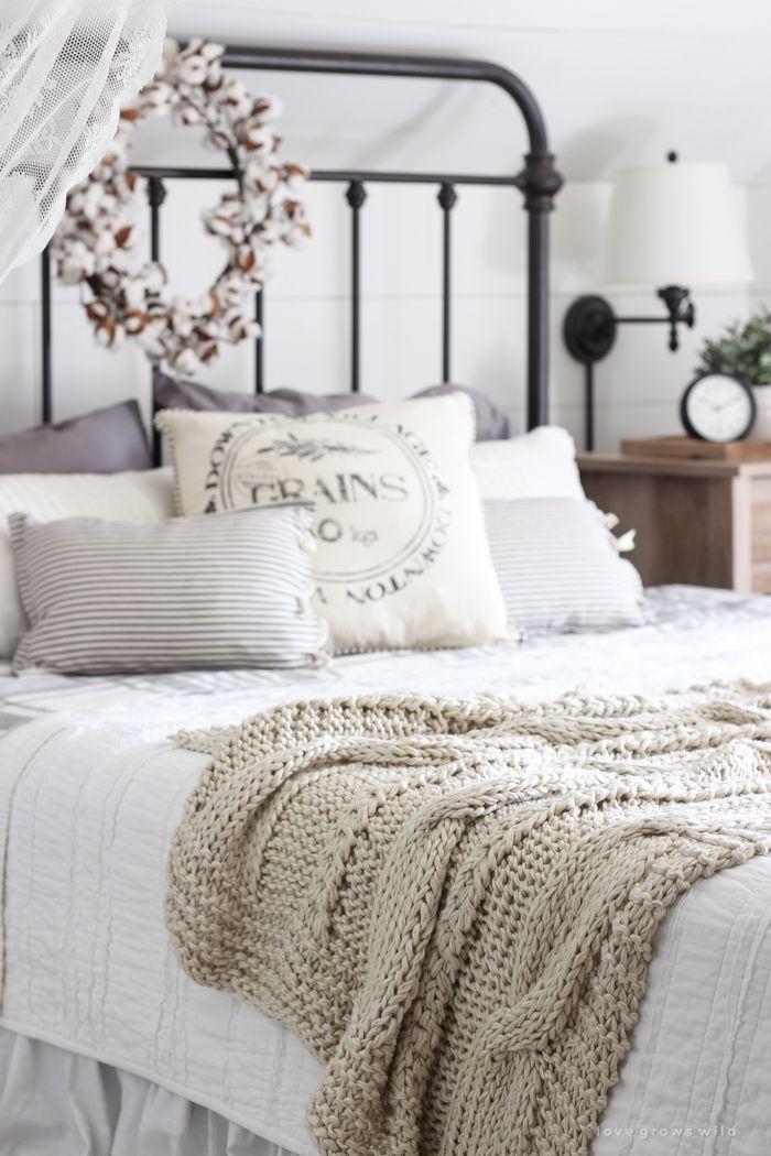 Furniture - Bedrooms : A beautiful farmhouse bedroom ...