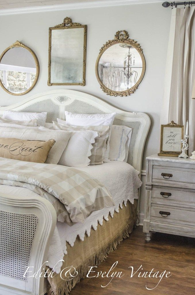 Feature Friday: Edith and Evelyn Vintage