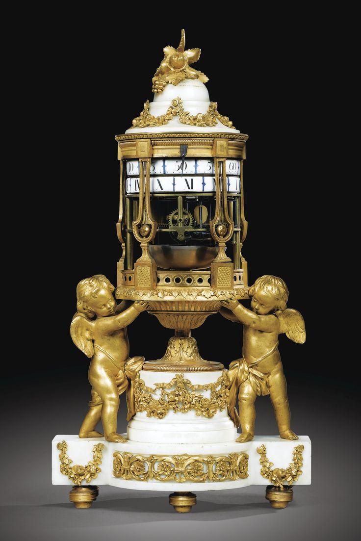 Reloj en bronce dorado y marmol blanco, estilo Luis XVI, firmado Barancourt, Par...