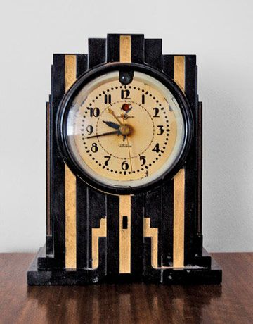Art Deco clock...