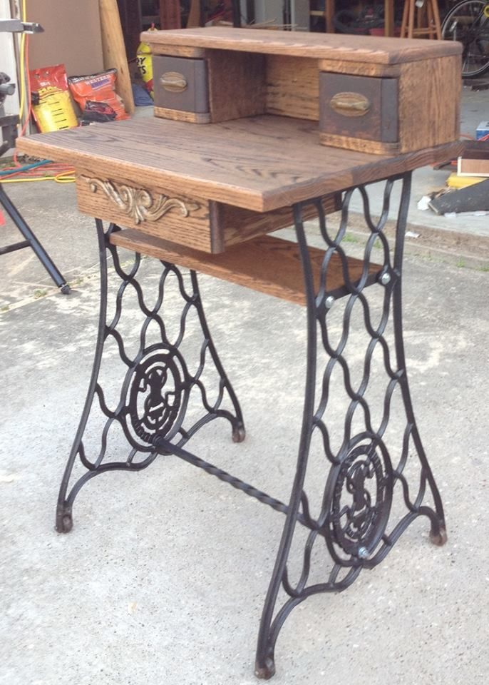 Desk made from old sewing machine....