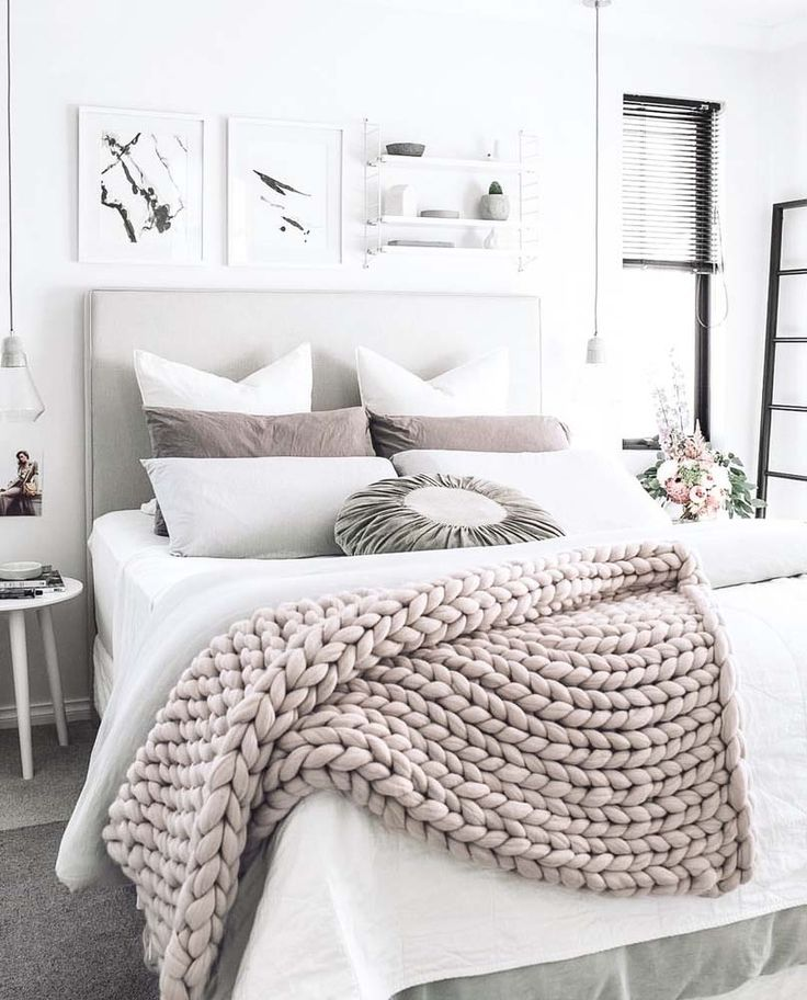 Furniture - Bedrooms : A chunky knit wool throw adds texture and ...