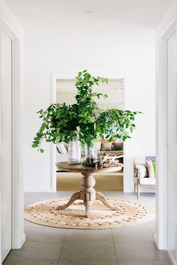 Furniture Entryway Amazing Round Entry Table Style Branches Decor Object Your Daily Dose Of Best Home Decorating Ideas Interior Design Inspiration