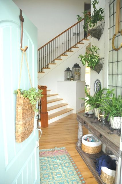 Beautiful Foyer Furniture : Furniture entryway beautiful plant centered