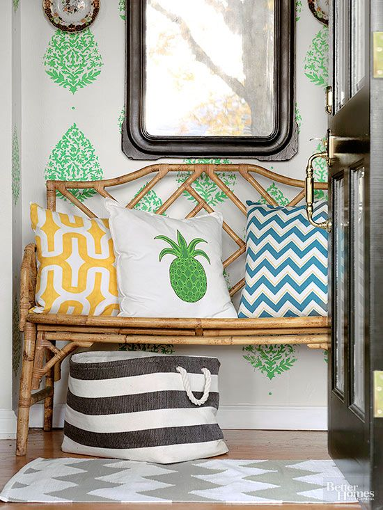 DIY Small Space Makeover (On a Dime!)...
