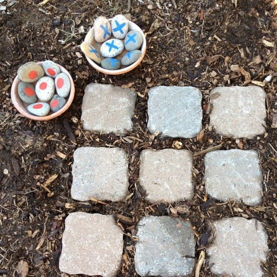 outdoor tic tac toe game. love it!