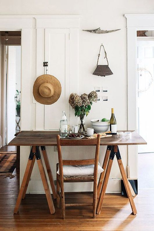 simple table photographed by lean timms / sfgirlbybay...
