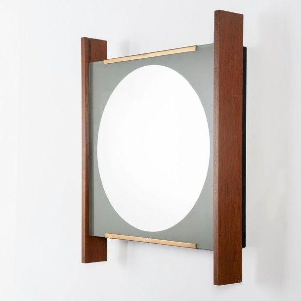GAETANO SCOLARI Italie  Lampe-miroir Noyer, métal laqué noir, laiton, verre et...