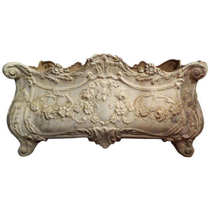 19th Century French Revival Cast Iron Planter | 1stdibs.com