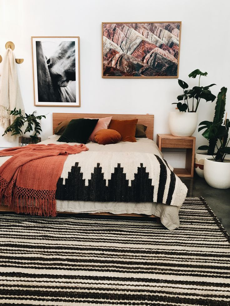 Pampa rugs, throws and art work...