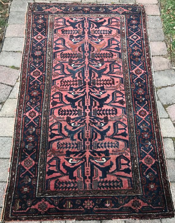 Rugs home decor vintage persian hamadan rug with a for Decor international handwoven rugs