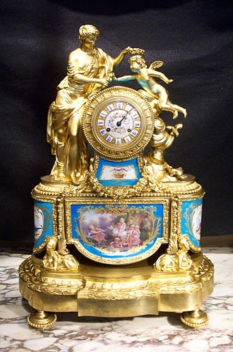 Antique clocks antique french clock decor object your daily dose of best home - Antique clock designs for your home ...