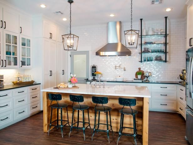 Decor Hacks : Fixer Upper: A Ranch Home Update in Woodway ...