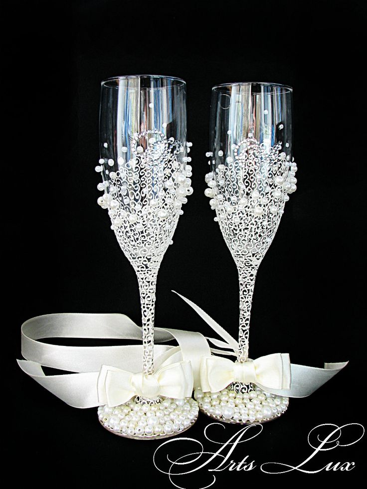 Decorative Bottles : Personalized Wedding champagne glasses in ...