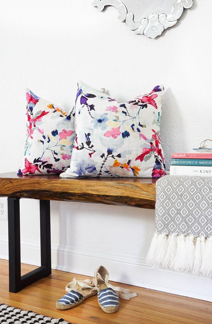Say what?! DIY no-sew envelope pillows made from napkins! - sugar and cloth