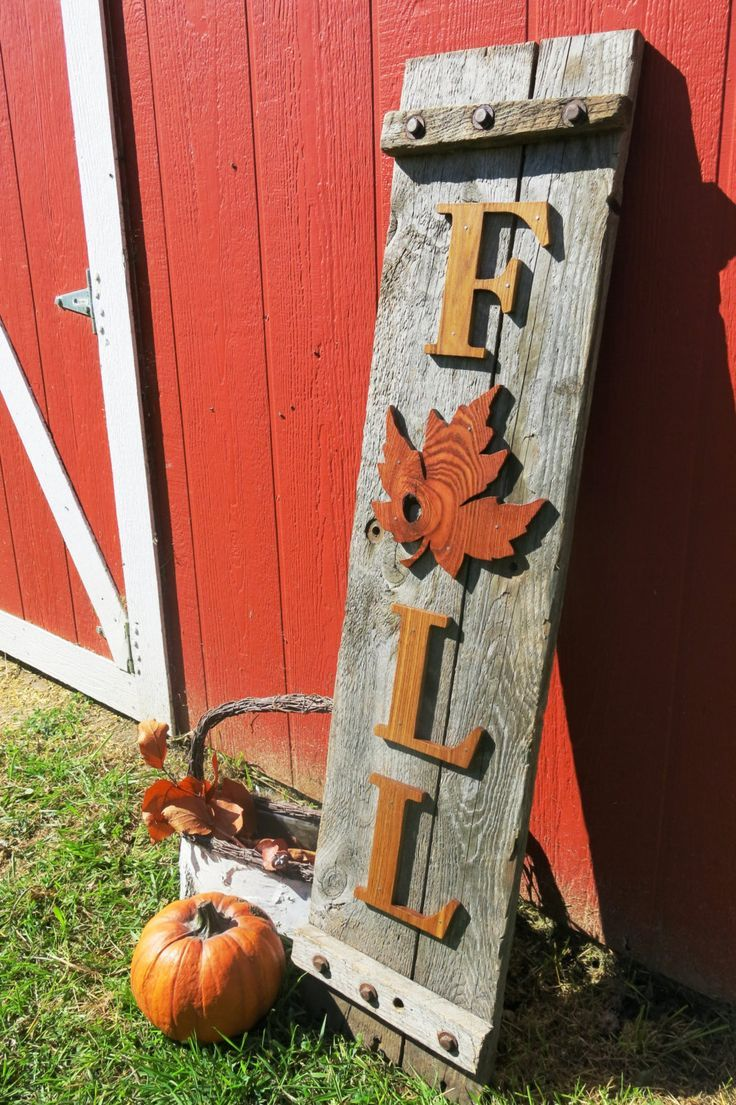 Outdoor decorating gardening reclaimed wood fall sign for Wooden garden decorations