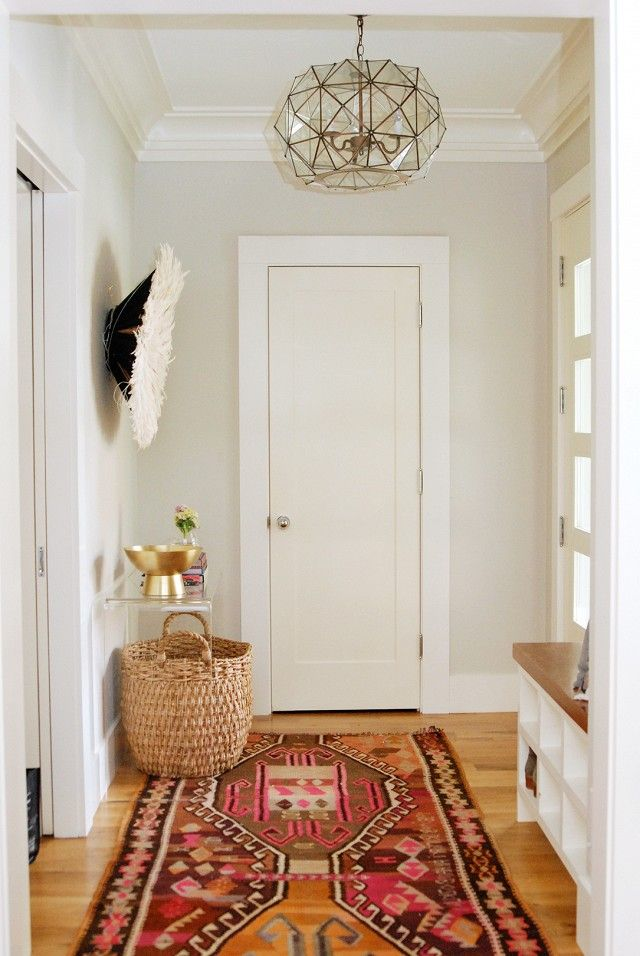10 Entryway Decorating Ideas That Make a Stunning First Impression