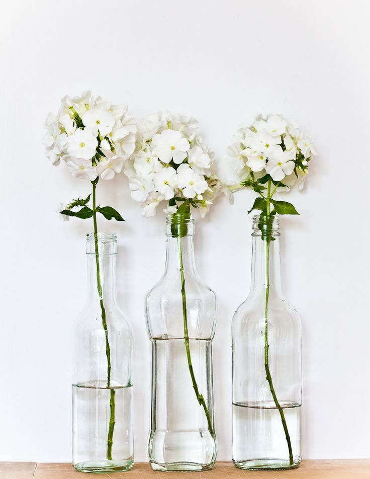 Vases home decor simple white flowers decor for Decorative objects for home