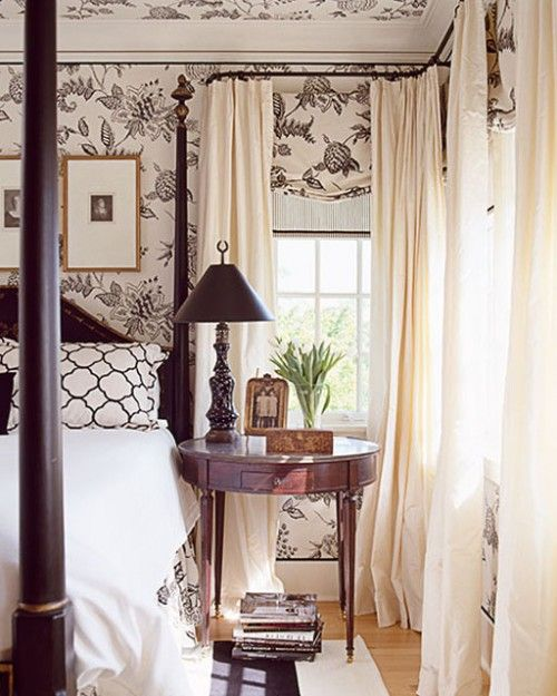 Southern traditional-- reminds me of so many bedrooms in the deep South during m...