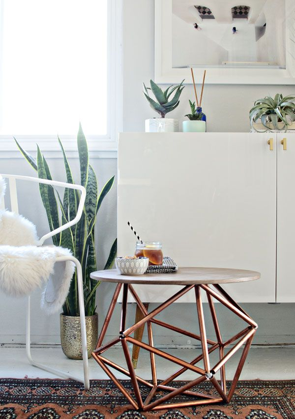 This DIY side table features an amazing sculptural himmeli base made from copper...