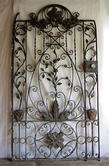 Beau Antique Garden Gate