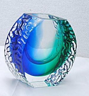 Piese dintr-un puzzle: Life in Pictures: Murano glass