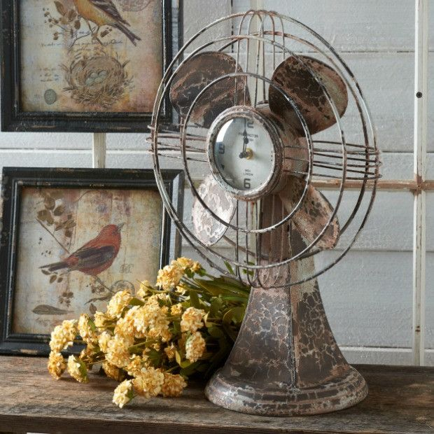 Vintage Inspired Desk Fan With Clock