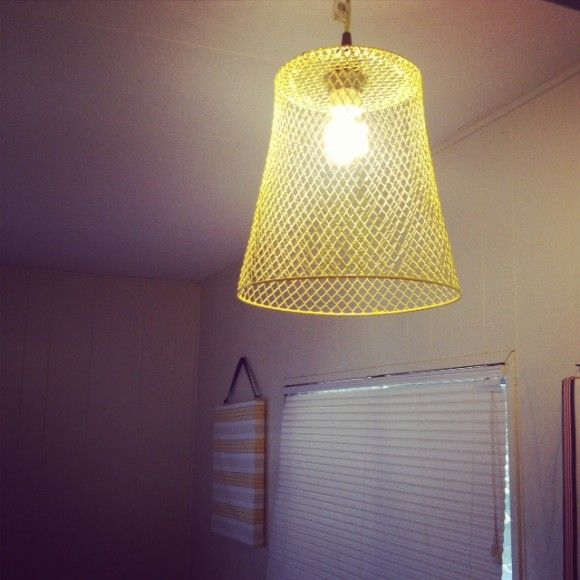 Make an industrial pendant lampshade from a dollar store wastebasket - cost $1 f...