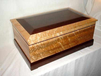 Decorative Boxes: Humidor - Reader\'s Gallery - Fine ...
