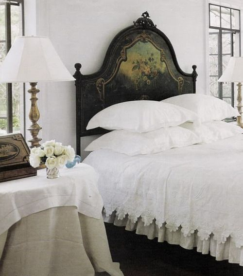 I love the bedding! {especially the edge on the bedspread}