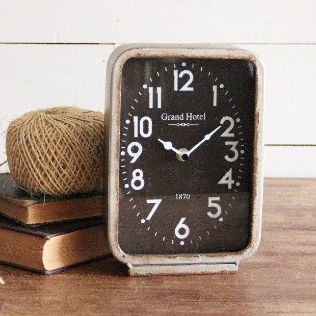 Rustic Table Clock: Decor Objects: Rustic Hotel Table Clock