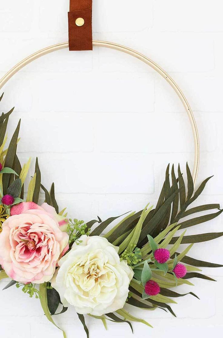 Make Your Own DIY Modern Spring Wreath