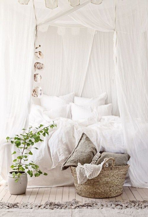 40+ Dreamy Romantic Bedroom Designs That Will Complete Your Dream