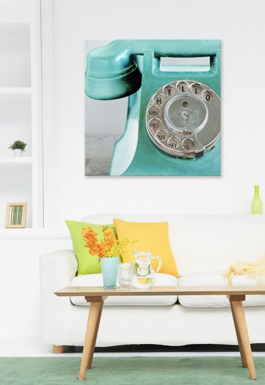 Well hello phone! This is totally a statement #art piece, and I'm LOVING the lar...