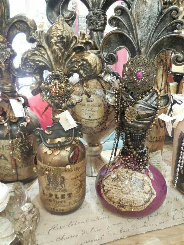 Decorative Bottles : Bottles