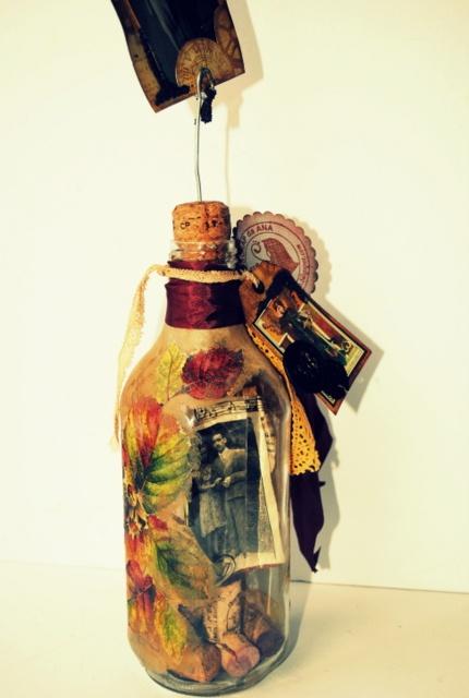 SCRAP da Ana Caldatto: Altered Art Bottle