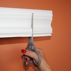 Amazon.com: Easy Crown Molding Peel and Stick Crown Molding, 4-Inch: Home Improv...