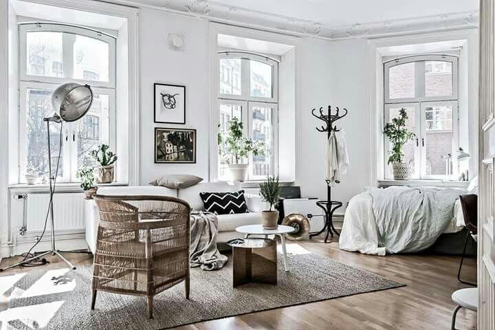 Scandinavian White Studio Apartment