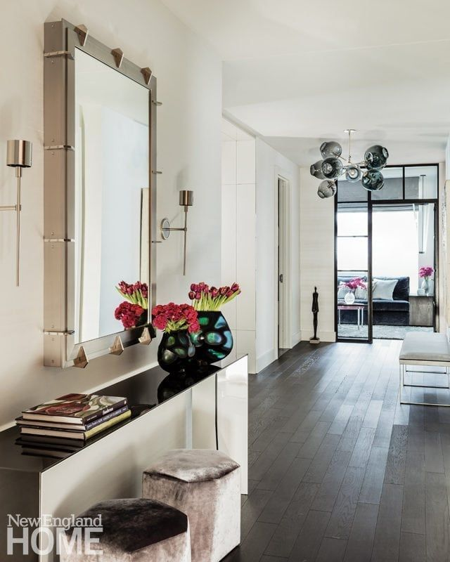 Mirrors – Home Decor : In the foyer, designer Dee Elms chose a ...