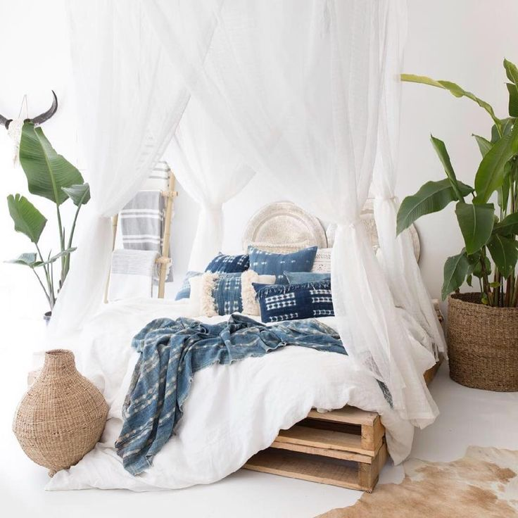 Bedroom Blue White Bedroom Chairs Argos 6 Bedroom Apartment Nyc Small Bedroom Balcony Ideas: Bedrooms : Boho Blue And White Bedroom