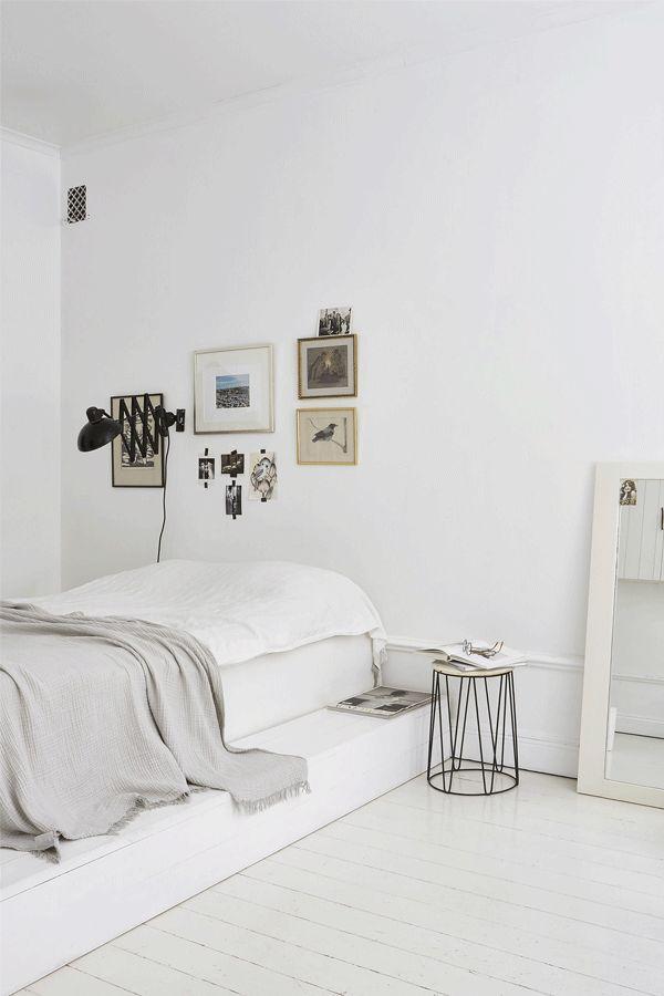 Um quarto branco