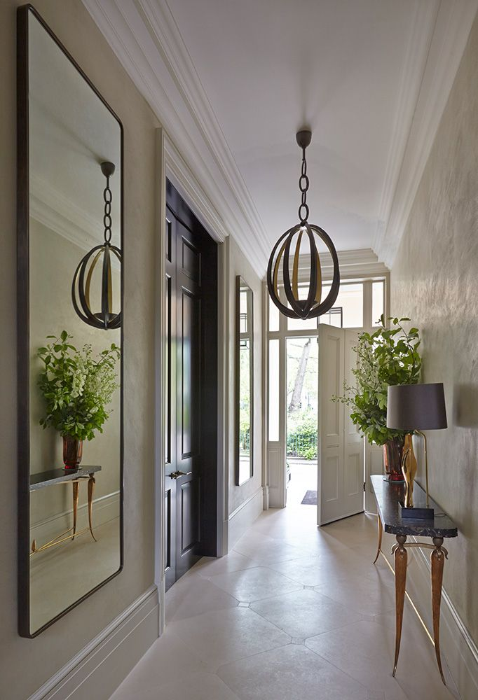 Entrance Pendant And Mirror