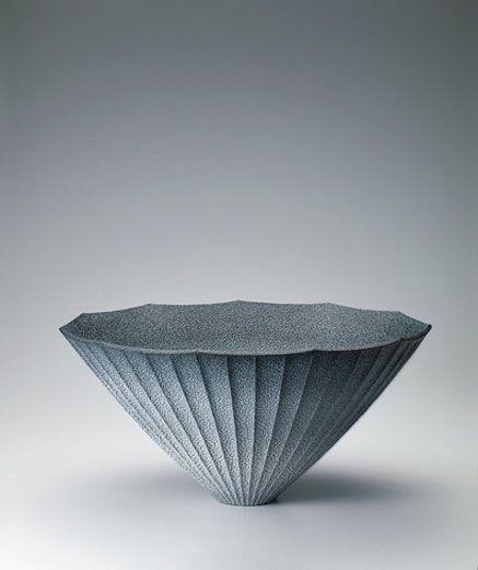 blue-shino-vase--Hiroshi-Sakai