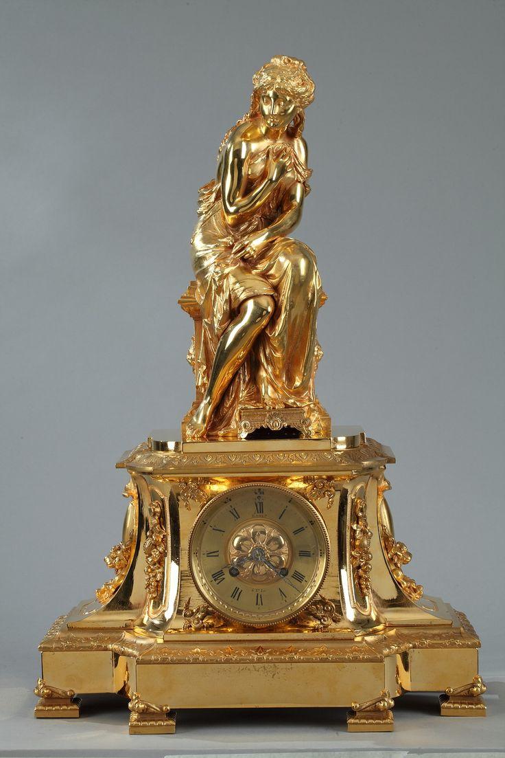 Pendule en bronze doré, Pierre Le Masson Paris