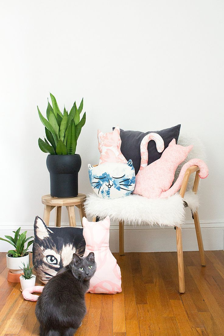DIY No-Sew Cat Pillow Idle Hands Awake | DIY and Design for the Modern Creative