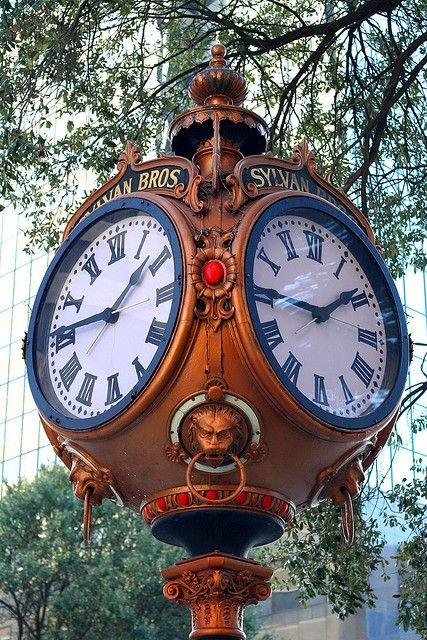 particularpoetry:    Crazy for Clocks @ Pinterest