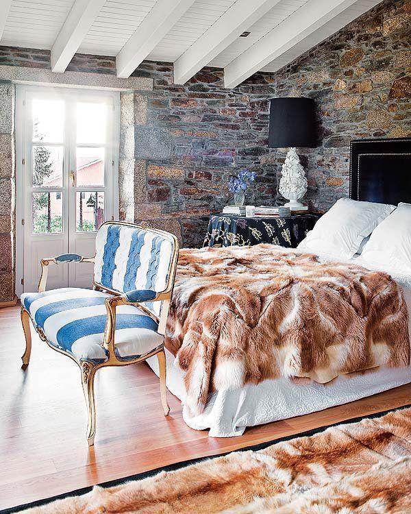 Furniture Bedrooms La Manta Y Alfombra De Piel Goes Home Arropan Cama Con Cabecero C
