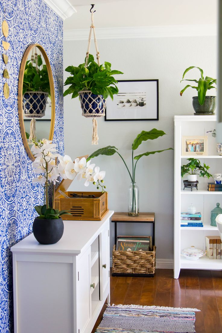 Plants and Pattern Add Color to This Beach Bohemian Bungalow in California — H...